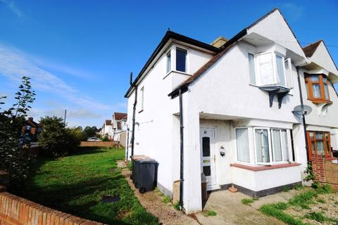 3 bedroom semi-detached house to rent - Lancaster Avenue