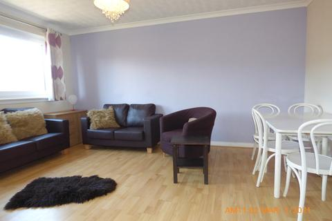 2 bedroom flat to rent - Flat 8, 8 Craighouse Gardens