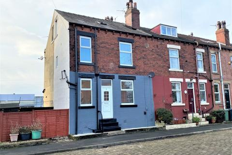 2 bedroom house to rent - Church Hill Mount, Stanningley