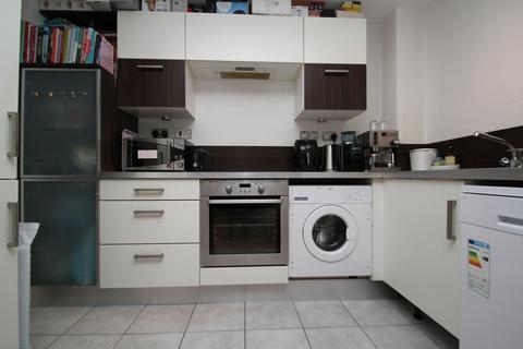 1 bedroom apartment to rent - Fairfield Road, London