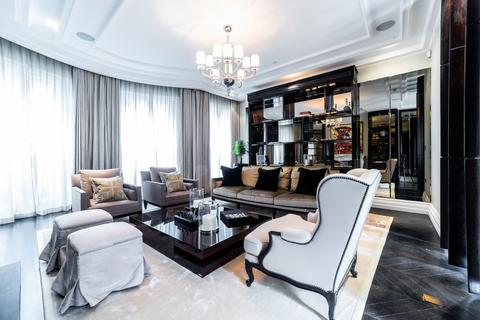 5 bedroom townhouse to rent - Knightsbridge