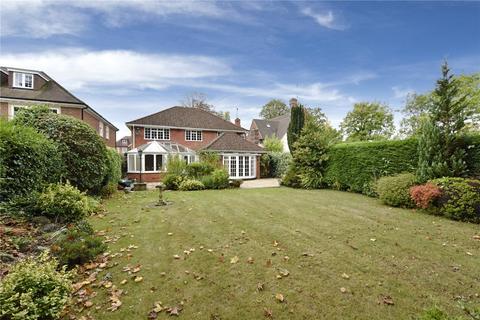 5 bedroom detached house to rent - Burkes Road, Beaconsfield, Buckinghamshire, HP9