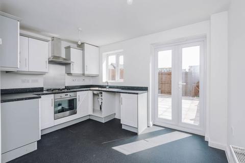 3 bedroom terraced house for sale - Kiveton Walk, Warrington