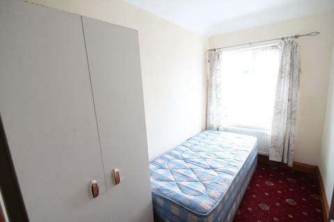 1 bedroom house share to rent - Tachbrook Road, Uxbridge, UB8