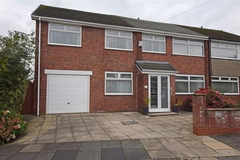 4 bedroom semi-detached house for sale - Whiteley Drive, Middleton, Manchester