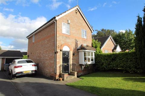 3 bedroom detached house to rent - Chudleigh Close, Altrincham