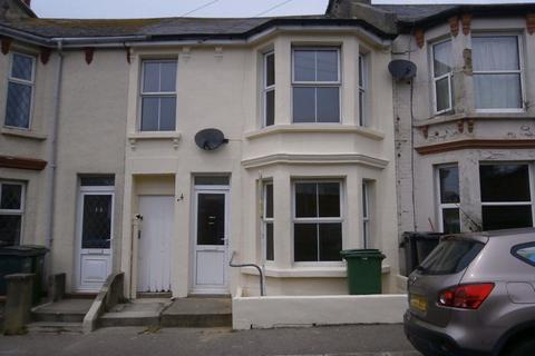 3 bedroom house to rent - Grove Road, Hastings