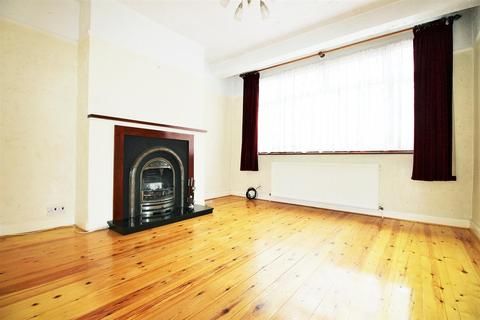 4 bedroom house to rent - Orchardleigh Avenue, Enfield