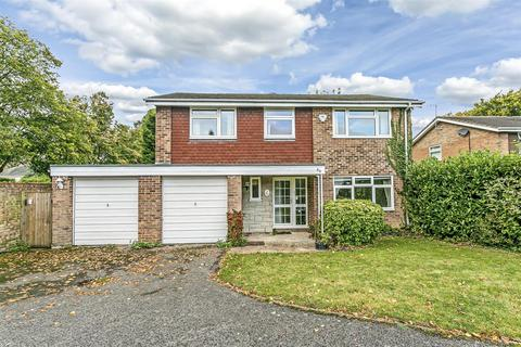 5 bedroom detached house for sale - High Beeches, Banstead