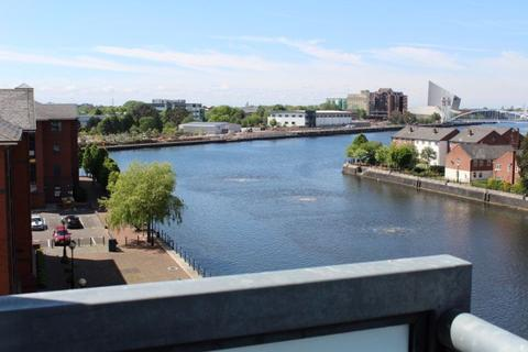 Studio to rent - Abito, Salford Quays - Water Facing 2nd Floor
