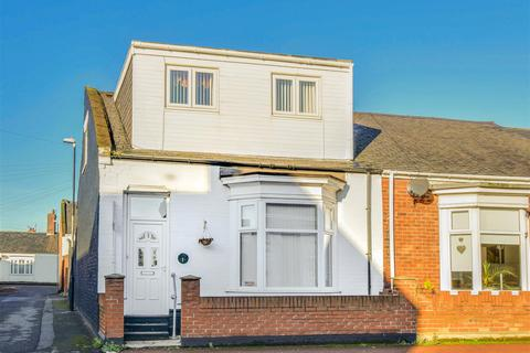 4 bedroom cottage for sale - Kingston Terrace, Roker, Sunderland