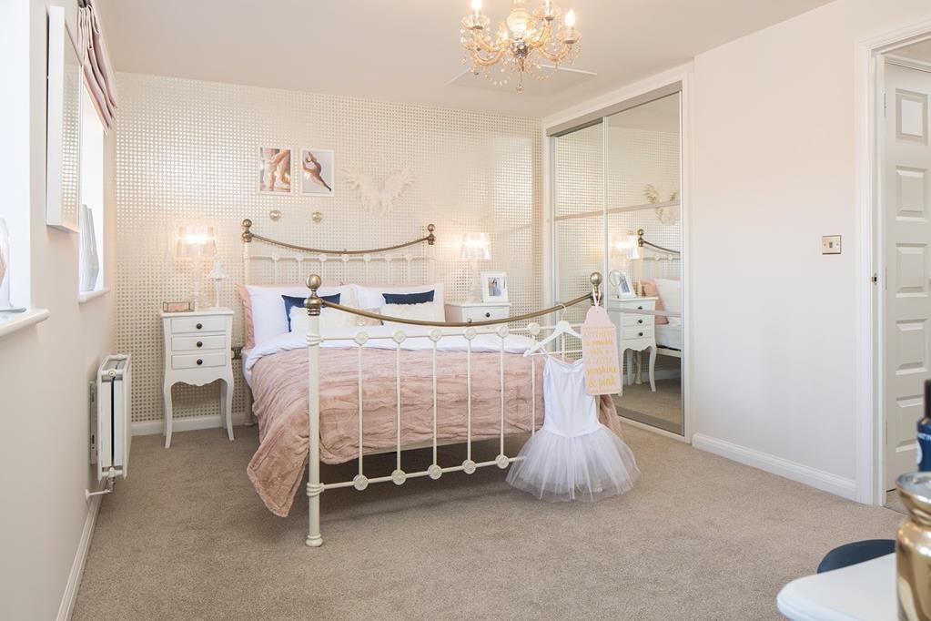 Hythe bedroom 2