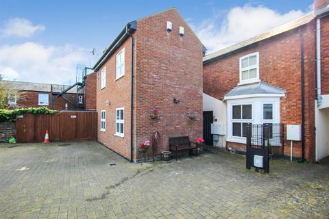 2 bedroom flat to rent - Hockliffe Street, Leighton Buzzard