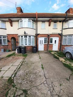3 bedroom terraced house to rent - LUTON, LU3