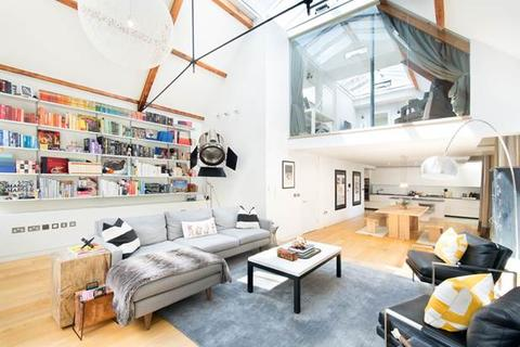 4 bedroom house to rent - Junction Mews,, London, W2