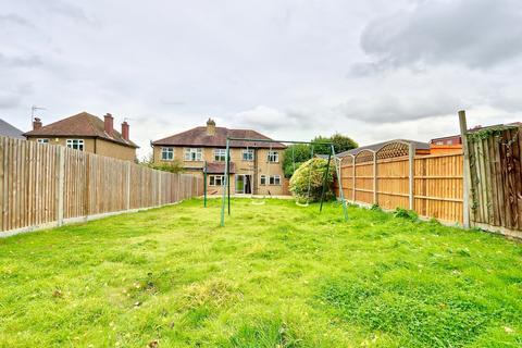 5 bedroom semi-detached house for sale - Southcote Rise, Ruislip, HA4