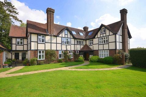 2 bedroom flat for sale - Monks Manor, Honeywood Lane, Okewood Hill, Dorking, RH5
