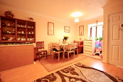 3 bedroom end of terrace house to rent - Franklin Mews South Harrow HA2