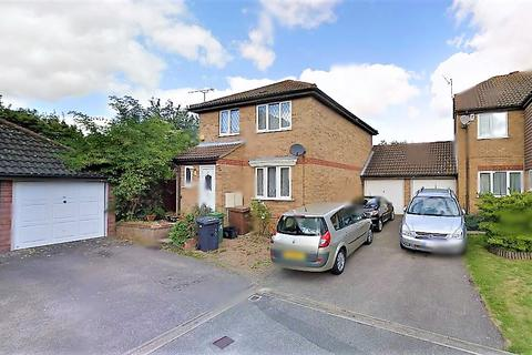 3 bedroom detached house to rent - Temple Close, Luton LU2