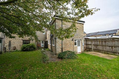 2 bedroom semi-detached house to rent - Banbury Road, Kidlington OX5 2BT
