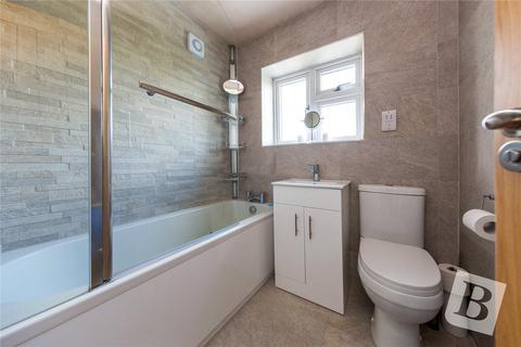 3 bedroom semi-detached house for sale - Langdale Gardens, Hornchurch, RM12