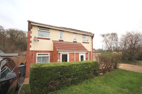 2 bedroom semi-detached house to rent - Lancaster Drive, Paignton