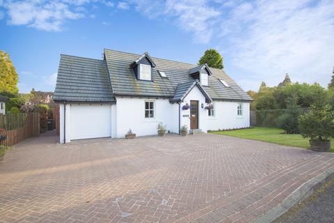 5 bedroom detached villa for sale - St Duthus, 4 The Paddock, Barrack Road, Comrie PH6 2HL