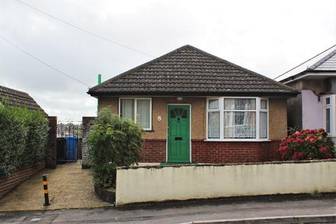 2 bedroom detached bungalow for sale - Lincoln Road, Parkstone, Poole