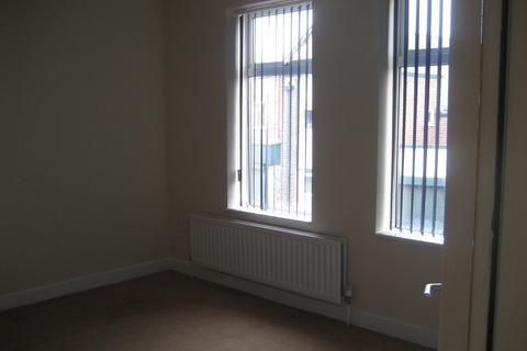2 bedroom flat to rent - Overton Rd, Humberstone, Leicester