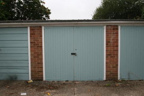 Garage to rent - Hampton Fields, Wick, Littlehampton
