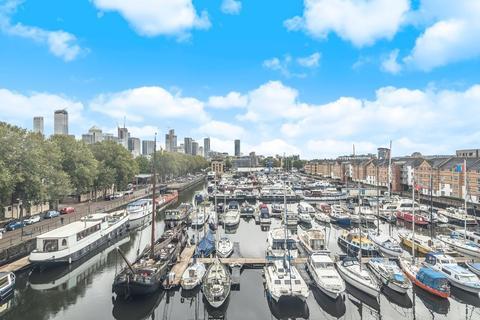 2 bedroom apartment for sale - Baltic Quay, Surrey Quays