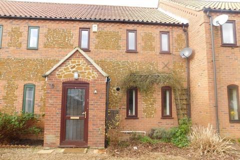 3 bedroom terraced house to rent - Common Close, West Winch