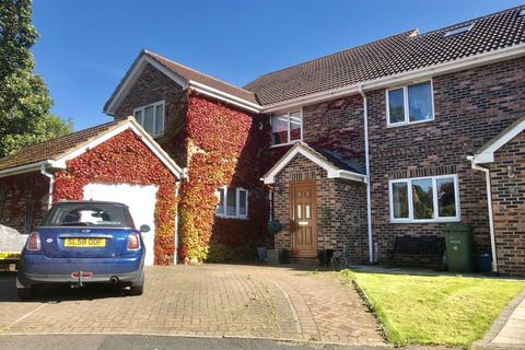 5 bedroom semi-detached house for sale - Burn Wood Court, Longnewton