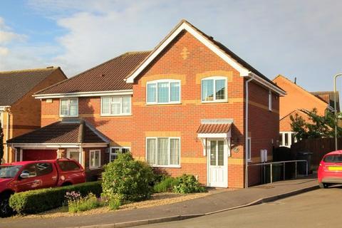 3 bedroom semi-detached house for sale - Manners Drive, Melton Mowbray, Melton Mowbray, LE13 1ED