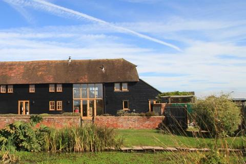 4 bedroom barn conversion to rent - Chickenden Lane, Staplehurst, Kent, TN12 0DP
