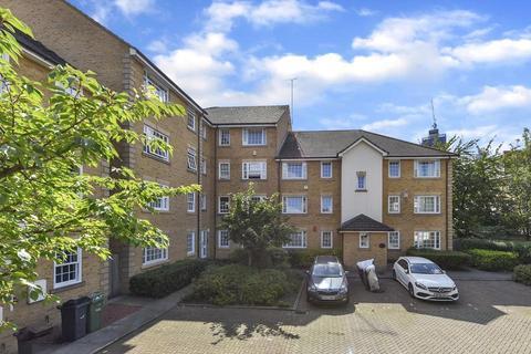 2 bedroom flat to rent - Bedser Close, London SE11