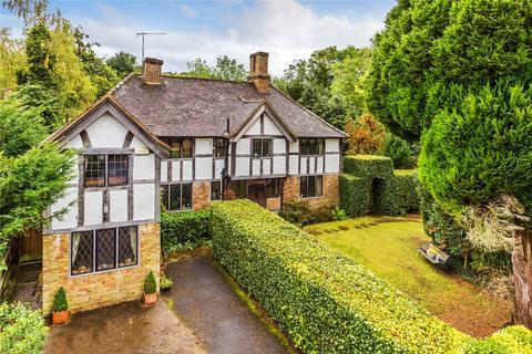 5 bedroom detached house for sale - Detillens Lane, Limpsfield, Oxted, Surrey, RH8
