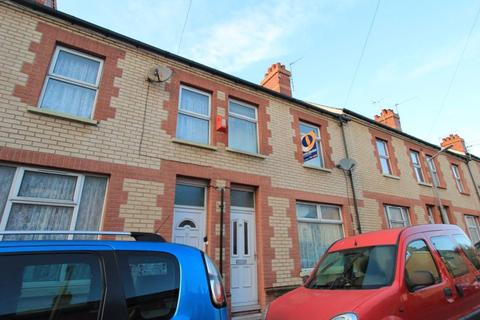 3 bedroom terraced house for sale - Quarella Street, Barry