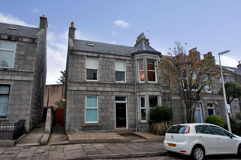3 bedroom flat to rent - Grosvenor Place, Aberdeen, AB25 2RE