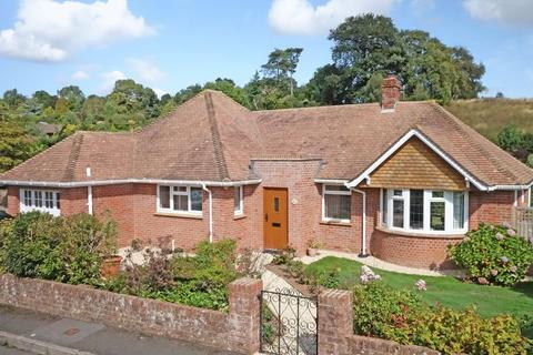 2 bedroom detached bungalow for sale - Manor Close, Sidmouth