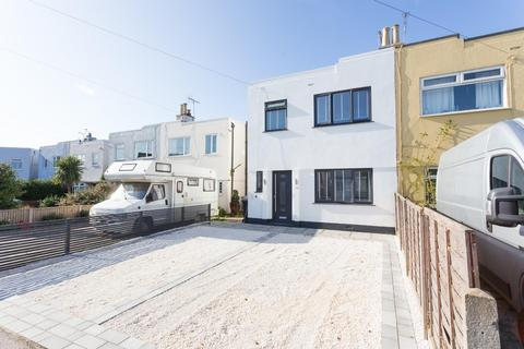 3 bedroom semi-detached house for sale - Leas Road, Deal
