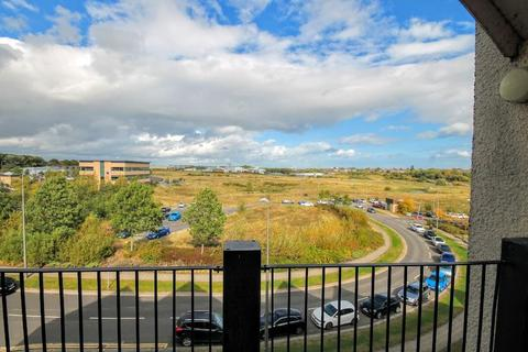 2 bedroom flat to rent - Willowsage Court
