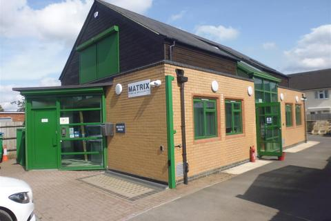 Office to rent - Bicester Road, Aylesbury