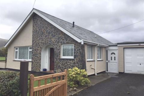 2 bedroom bungalow for sale - Yr Erw, Pen Parc, Bryncrug, Tywyn, Gwynedd, LL36