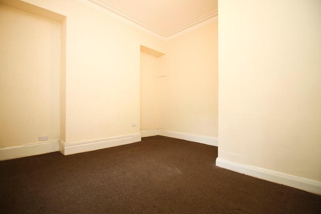 ,room 1.jpg