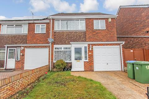 3 bedroom semi-detached house for sale - Crabwood Close, Maybush, Southampton, SO16