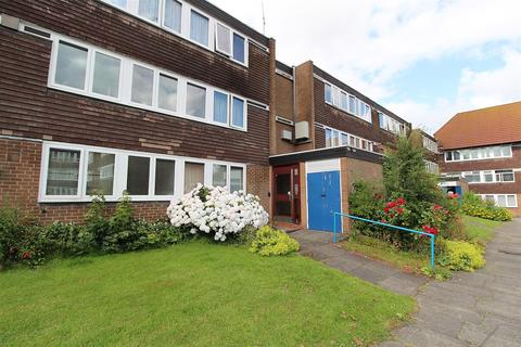 2 bedroom apartment for sale - Limehurst Avenue, Finchfield, WV3 9BE