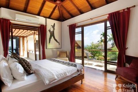 6 bedroom villa - Surin beach, Phuket