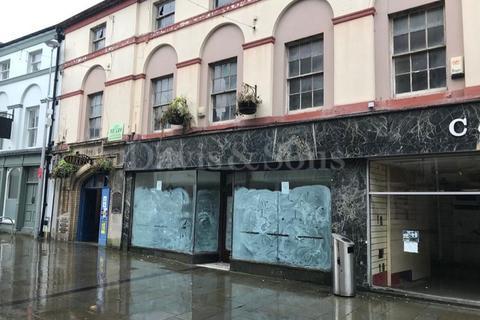 Shop to rent - Commercial Street / Crane St , Pontypool, Monmouthshire. NP4 6JJ