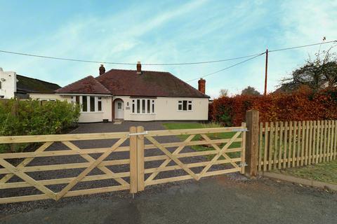 3 bedroom bungalow for sale - Halfway House, Shrewsbury